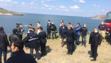 İzmir Foça'da eğitim uçağı düştü, pilotlar sağ kurtarıldı