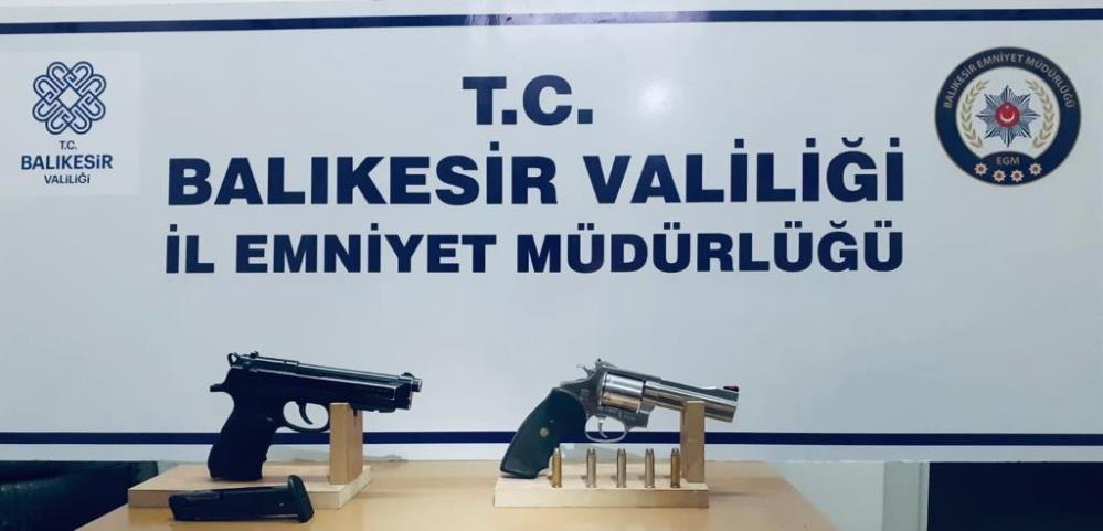 BALIKESİR'DE 'HUZUR' OPERASYONLARINDA 31 GÖZALTI