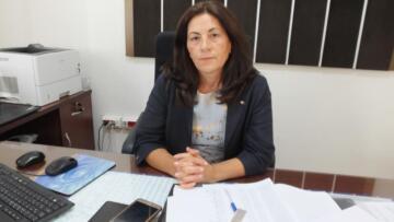 BURHANİYE'DE VERGİ DAİRESİNE KADIN MÜDÜR